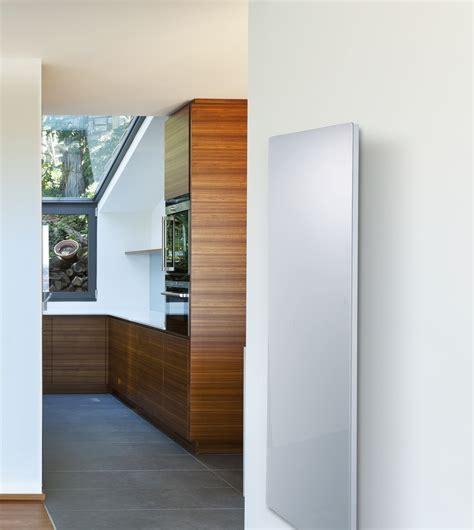 radiateur electrique vertical design 1444 radiateur vertical design en verre 1500w solaris