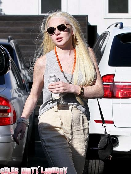 Lindsay Is A Ct by Lindsay Lohan Is Mad As A Cat After Ridicule By Mena
