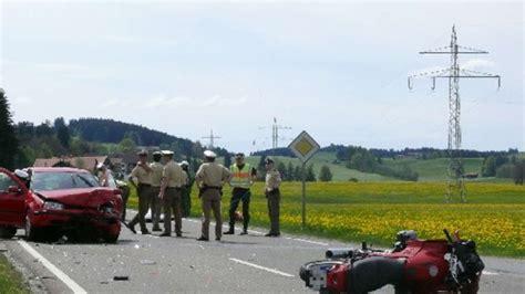 Motorradunfall F Ssen by Motorrad Unfall Fordert Tote F 252 Ssen