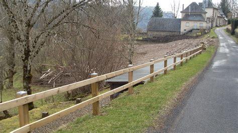 barrieres jardin barriere de jardin bois meilleures id 233 es cr 233 atives pour la conception de la maison