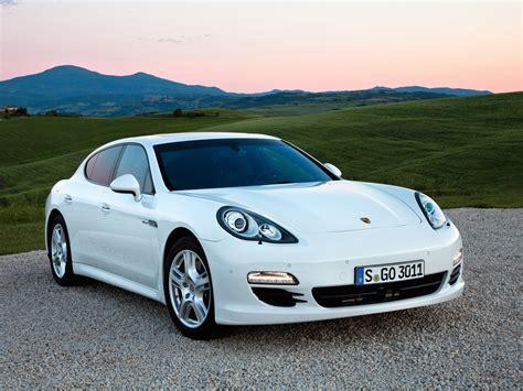 Porsche Panamera Diesel S by Porsche Panamera Diesel Specs 2011 2012 2013
