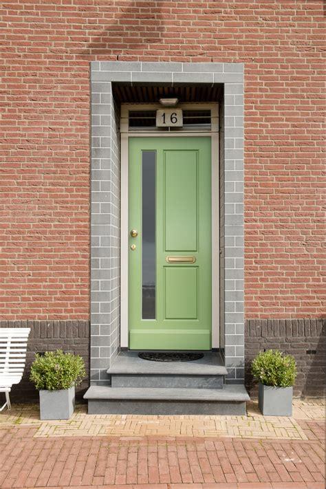 Engsel Mahkota 5 X 3 voordeuren vervangen of renoveren aannemer akbouw hengelo