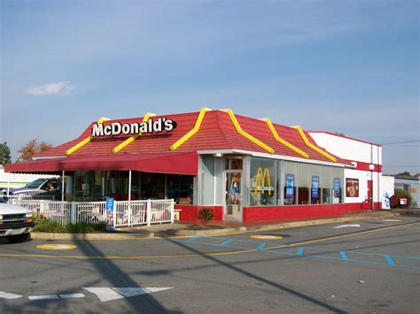 Mcdonald S Garden City by Mcdonald S 16569 Interstate 79 Exit 113 Grove City
