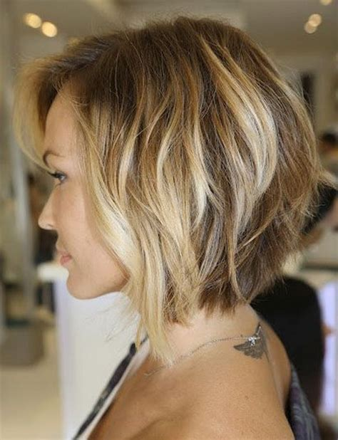 medium stacked hairstyles pictures stacked medium length haircuts