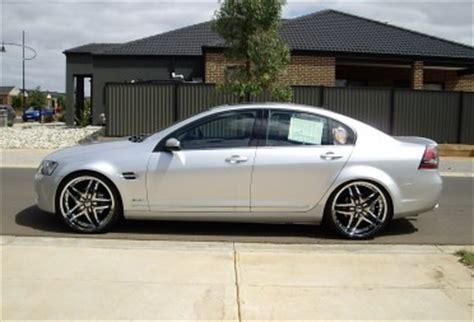 2009 Holden CALAIS V   adrian01   Shannons Club