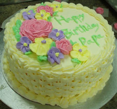 Introduction To Cake Decorating by Les Entremets De La Gourmande Bpa 131 Basket Weave Cake