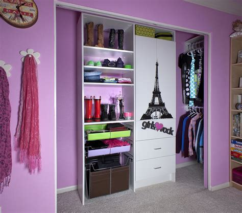 Bedroom Walk In Closet With Traditional And Modern Bedroom Closet Design Ideas
