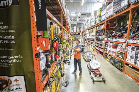 home depot lowes   hire thousands  southern