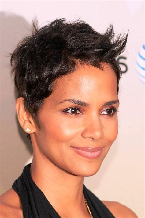 halle berry haircut 2014 2014 halle berry hairstyles short pixie haircut getty