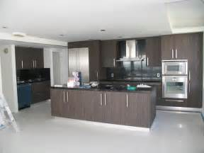 Italian Kitchens Cabinets by Italian Style Kitchen Cabinet From Leon Cabinets In Miami