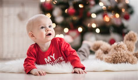 how to take baby frist christmas pictures ideas for marking baby s ltd commodities