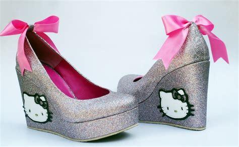 imagenes de kitty con vestido imagenes de zapatos de tacon de hello kitty imagui