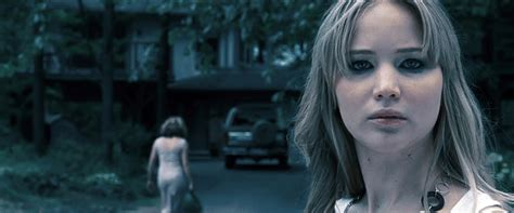 house at the end of the street full movie jennifer lawrence stars in quot house at the end of the street
