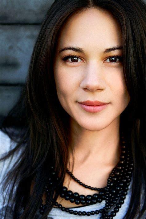 headshots photography woman 25 best ideas about professional headshots on pinterest
