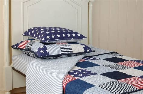 American Style Patchwork Quilts - american style kingsize patchwork quilt