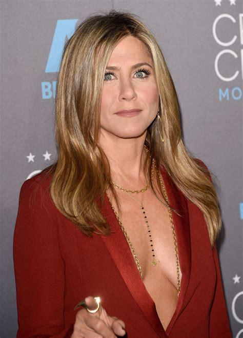 Dress Nancy Jenifer aniston was born in sherman oaks california to
