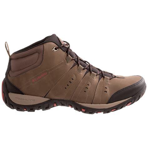 sports wear shoes columbia sportswear peakfreak nomad chukka trail shoes