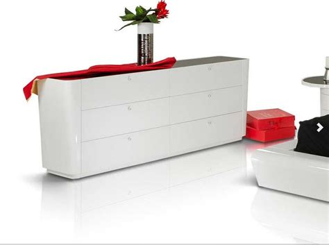 modern lacquer furniture contemporary white lacquered bed graziano modern bedroom