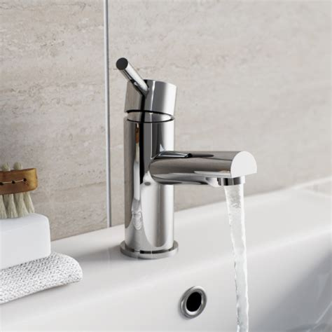 Wall Mounted Bath Taps With Shower taps quality bathroom taps from 163 19 99 victoriaplum com