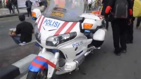 koleksi  gambar sepeda motor polisi terlengkap motor jepit
