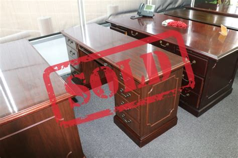 72 inch desk with drawers mahogany desk 36 quot x 72 quot with credenza plano used office