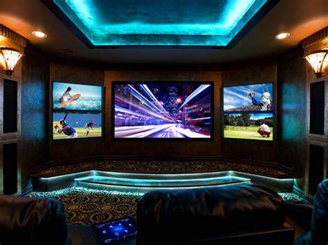 multi media room multi screen is a trend in home theatre