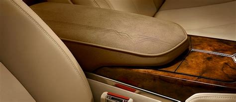 Wood Grain For Car Interior by Cadillac Shows The Xts Woodgrain Trim