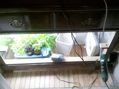 build your own grow cabinet grow box guide how to build a grow box