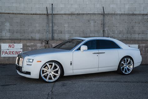 white on white rolls royce ghost a haunting just in time for