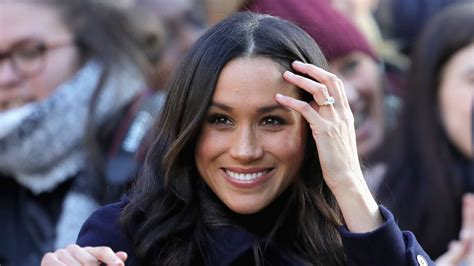 meghan markle meghan markle s former bff claims she was obsessed with the royal family before meeting