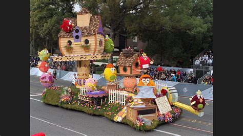 Design Submissions Sought For Burbank S 2018 Rose Parade Parade Float