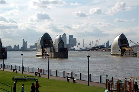 thames barrier rising sea levels strategies for managing sea level rise spur