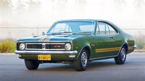 holdenmodore pictures holden vz monaro cv8 z high resolution image 1 of 6 car