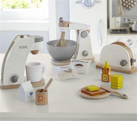 play kitchen appliances best 10 kids wooden play kitchen ideas on pinterest
