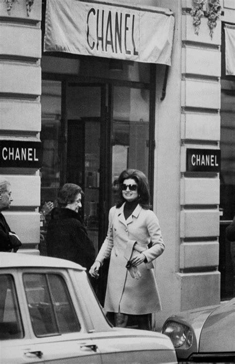 Jackie Kennedy Onassis's Best Globe-Trotting Style Moments