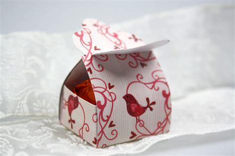 geschenkschachtel pralinen schoen verpacken