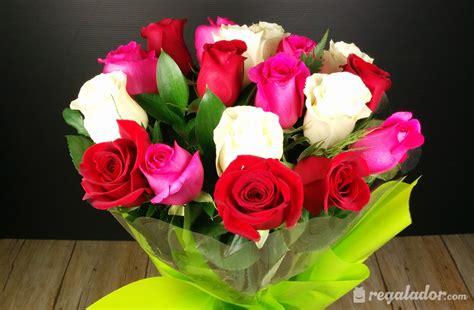 imagenes de rosas rojas y rosadas regalador ramo de rosas rojas rosas y blancas