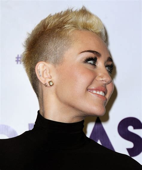 cut own hair with clippers for black w0men miley cyrus short straight casual hairstyle light blonde