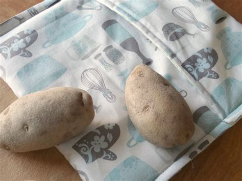 Potato Tutorial by How To Sew A Microwave Potato Bag Allfreesewing