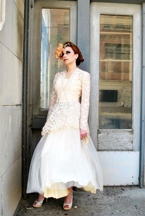 vintage bridal gowns for your something old