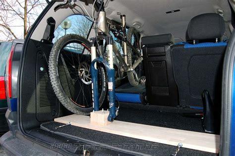 Fahrradhalter F R Auto Innenraum by Bau Eines Fahrradhalters F 252 R Den Innenraum F 252 R Steckachsgabeln