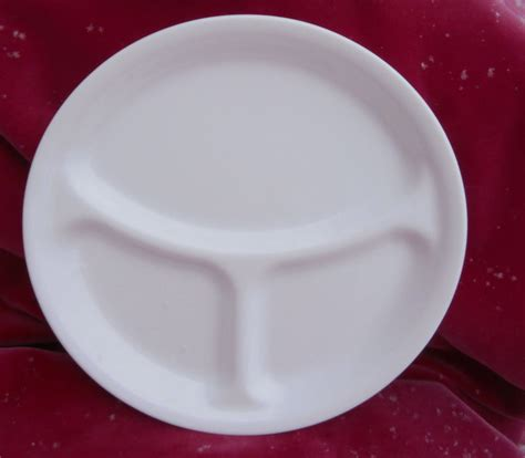 sectioned dinner plates corning corelle winter frost white grill divided plate s