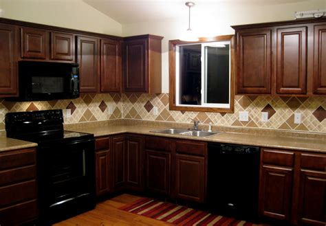 dark kitchen cabinets with backsplash gloria s backsplash reality daydream