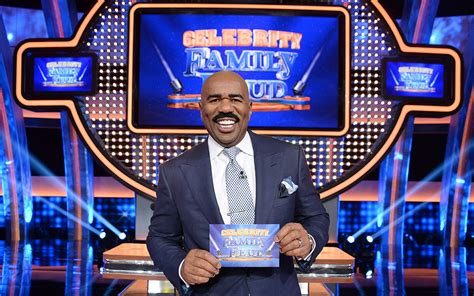 what is celebrity family feud what to watch stars and their fams compete on celebrity
