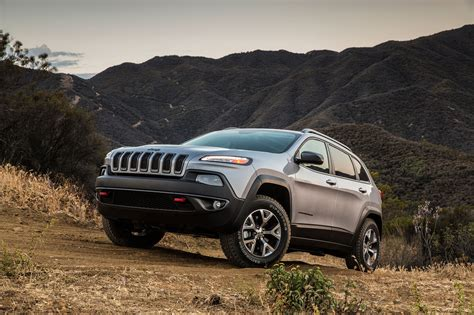 jeep suv 2014 2014 jeep cherokee reviews and rating motor trend