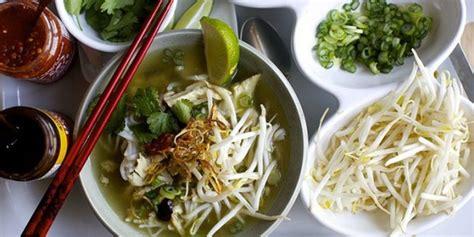 membuat mie beras pho ayam mie beras ala vietnam yang bikin lidah bergoyang