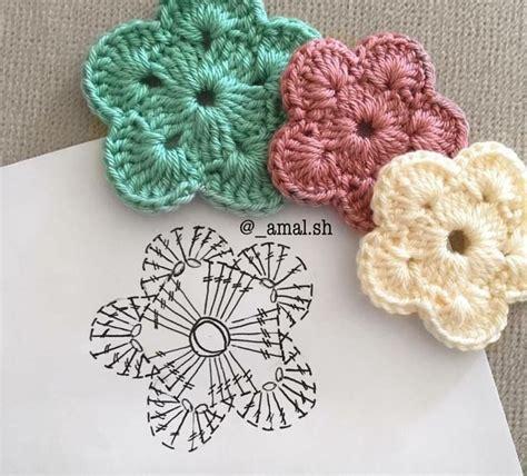 crochet pattern drawing 4072 best images about crochet motifs flowers on
