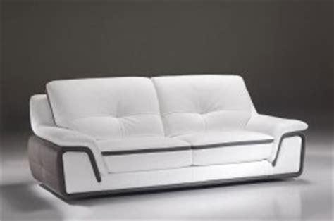 Modern Leather Loveseats Divani Moderni In Pelle E In Tessuto Realizzabili Su Misura