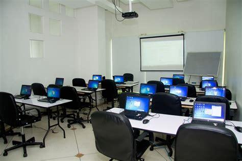 imagenes aulas virtuales alquiler salas y equipos cus aula virtual cali