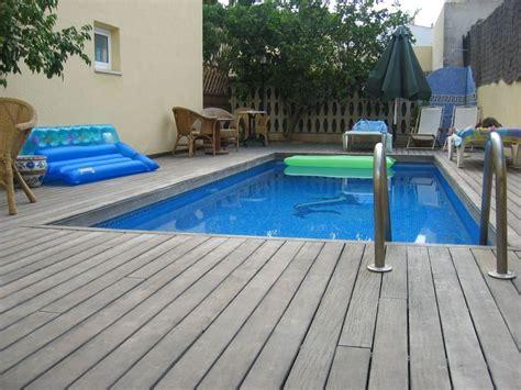 Holzterrasse Mit überdachung by Bild Quot Pool Samt Holzterrasse Quot Zu Hotel Marbel In Cala Ratjada